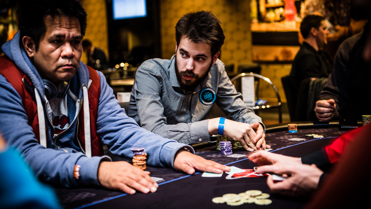 how to become a poker pro