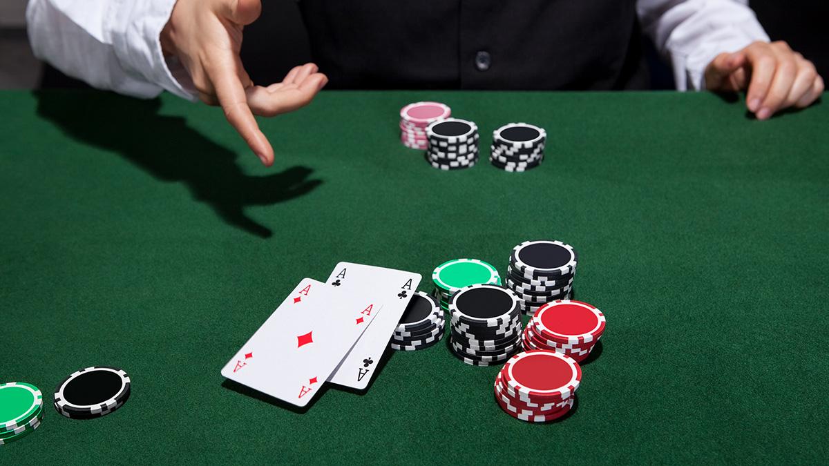 Aaaaaaaa poker craps las vegas table minimums