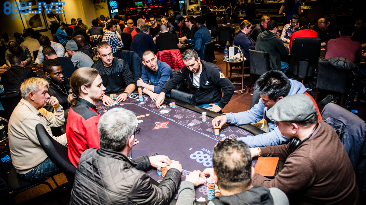 888live Local Aspers London